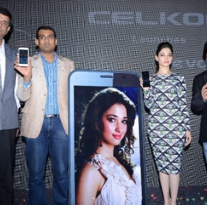 Mr.Mahendran, President & Sales- Celkon mobiles, Mr.Rakesh krishnan, senior manager- Flipkart, Bollywood Actress-Tammannah Bhatia and Mr.Murali executive Director