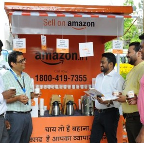 Rohit Kulkarni (Second from left) interacting with sellers alongside Cha...