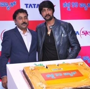 Saleem Shaikh - Chief Sales Officer, Tata Sky with Superstar Sudeep celebrating success of MY 99 pack
