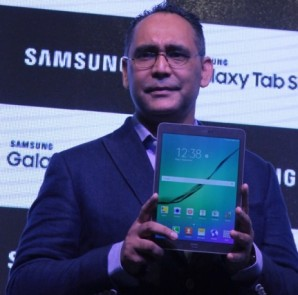 Manu Sharma, Director Mobile Business, Samsung Electronics 1