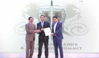 Mr. M.Ravinder Reddy – Director – Marketing of Bharathi Cement Corporation Pvt Ltd. receiving the award from Ambassador of Thailand at Bangkok