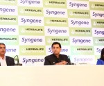 Pics 03-Ajay Khanna,  Dr.Kiran Mazumdar Shaw, and Dr.Manoj Nerurkar, launched first Herbalife R&D in Bangalore