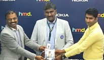 Mr. Subhash Chandra, MD, Sangeetha Mobiles, Mr. T.S Sridhar, General Manager -Sales, South, HMD Global, the very first customer in the country to have received Nokia 3