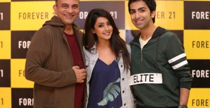 Forever 21 presents Fall 17 collection with India's fashion Guru Prasad Bidapa (left) along with World's top snooker & billiards champion Pankaj Advani (right) and sandalwood actress Aindritya Ray (centre)