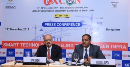 Mr. Vipin Sondhi, Chairman of Excon & MD & CEO of JCB India Ltd. along with Mr. Virendra Gupta, Deputy Directer General Confederation of Indian Industry