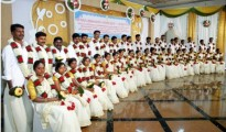 A group of newly married 20 couples at the dowry-less social wedding organised by Sri Kurumba Educational & Charitable Trust at Sri Kurumba Kalyana Mandapam, Moolamcode in Palakkad, Kerala