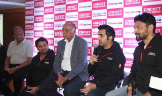 Sudhakar Rao-KSCA SEC-Yashraj Gupta-Director Funngage-Sanjay Desai-KSCA President-Gautham Gambir - Brand Ambasadoor -Karan Singh - CEO  and Founder-Funngage.com
