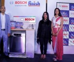 (L-R)-Mr  Gunjan Srivastava Ms Sukhleen Aneja and Miss Shanvi Srivastava