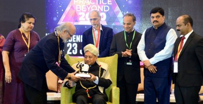 Dr. G. V. Divakar, President, Bangalore Ophthalmic Society lighting the lamp during the inauguration of Bangalore Ophthalmic Society Summit 2019 - Envision - Practice Beyond 2020 in the presence of Dr. Suhas Haldipurkar, Medical Director, Laxmi Eye Institute;  Dr. Muralidhara N. S., President, Retina Institute of Karnataka; Dr. R. V. Ramani, Founder and Managing Trustee, Sankara Eye Hospitals; Dr. Krishna Prasad Kudlu, Honorary Secretary, Karnataka Ophthalmic Society;  and Dr. Elankumaran P, Secretary, Bangalore Ophthalmic Society