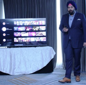 Mr.Avneet Singh Marwah - CEO-SPPL launches official Android Series in Bangalore....
