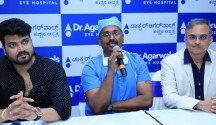 Actor, Srujan Lokesh, with Dr. Manjunath M.C, Medical Director, Dr. Agarwal's Eye Hospital and Dr. Ram Mirlay, Head Clinical Services, Dr. Agarwal's Eye Hospital