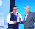 Mr.Vijay Shekhar Sharma, Founder & CEO, Paytm and Nandan Nilekani, Co-founder and Chairman, Infosys and founding Chairman UIDAI at the launch of All-in-One Android POS & All-in-One Payment Gateway