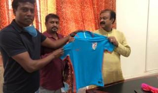 Karnataka Football Players Association met  Sports Minister
